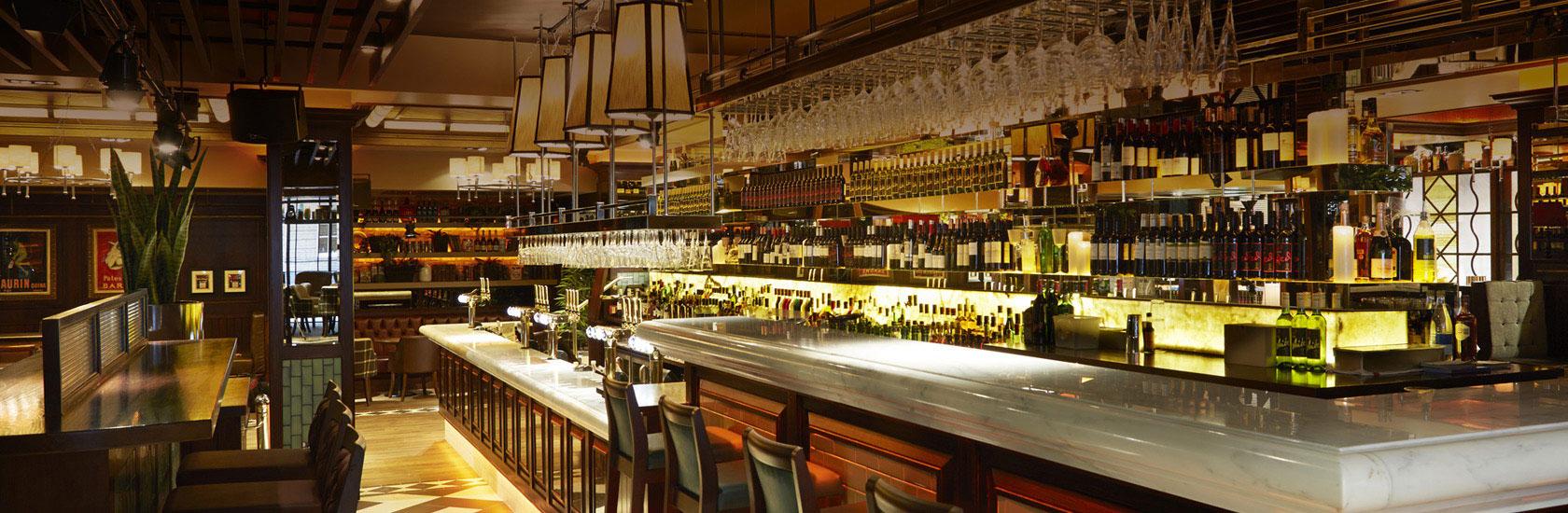 Harrys bar serving area