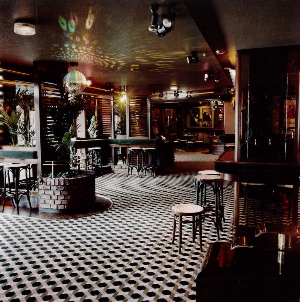 Sloanes open bar area