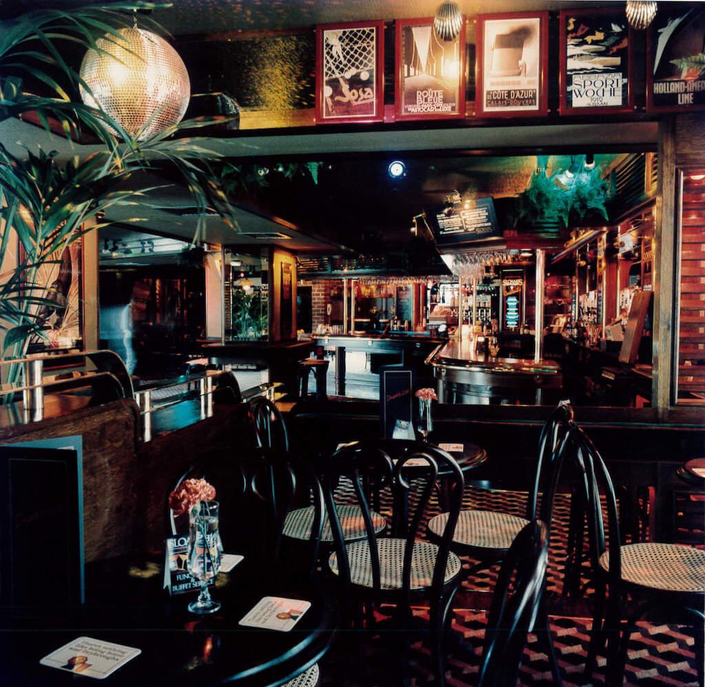 Sloanes internal bar area